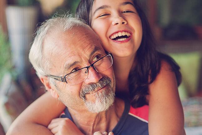 保护儿童和老人