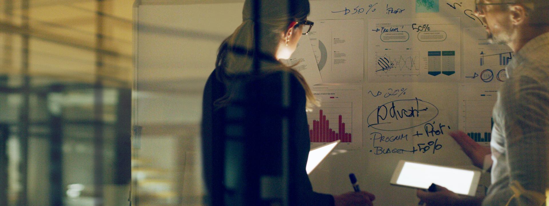 섹션 타이틀: Explore success stories of Digital Transformation