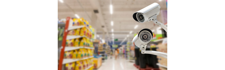 CCTV Video Analyzes Customer Patterns, There is a CCTV in the store.