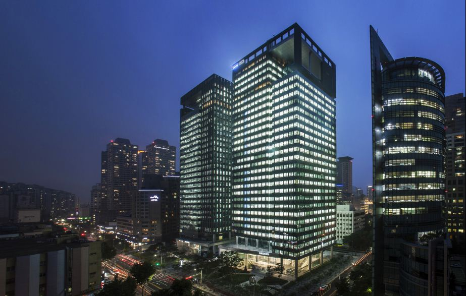 The picture of Samsung SDS buildings.
