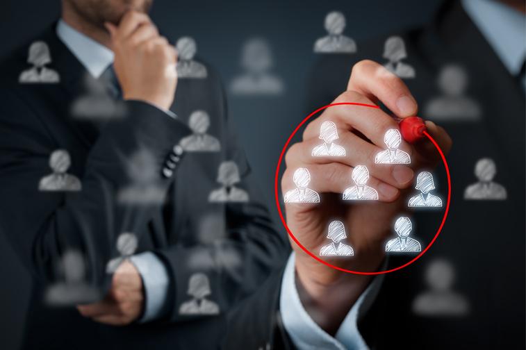 마케팅 차별화를 위한 고객세그먼트 모델링