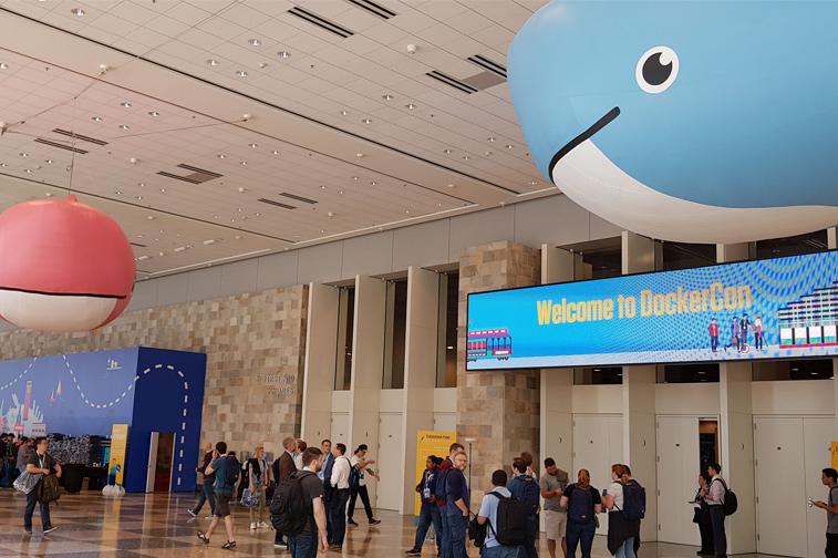 DockerCon sf 18 행사장 로비 모습