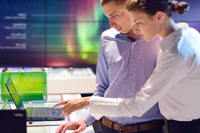 전자제품 매장의 디지털화
