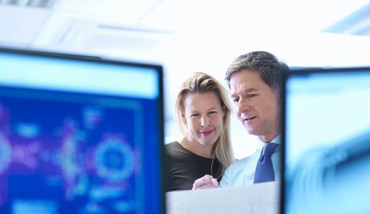 글로벌 하이테크 기업, 업무 자동화로 연 24만 시간 절감 제조, 개발, 영업, 품질 등 사내 全부문에 RPA 솔루션 확산 적용을 통해 단순 반복 및 정기 모니터링/보고 업무를 효율화하였습니다.