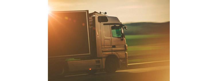 완성차 메이커보다 앞서서 자율주행 기술의 현실화에 앞장서는 것은 운송, 물류 서비스 업체입니다.
