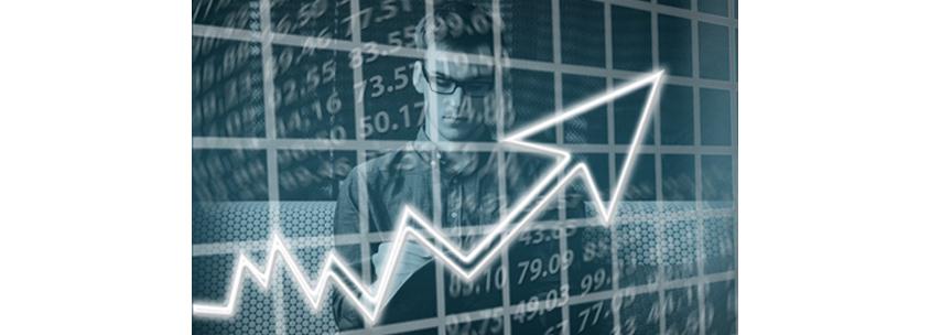 데이터 거버넌스의 궁극적 목표는 경영진의 올바른 의사결정을 이끌어내 경쟁 우위를 점하고 이익을 높이는 것입니다.