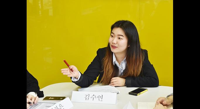 김수연 사진