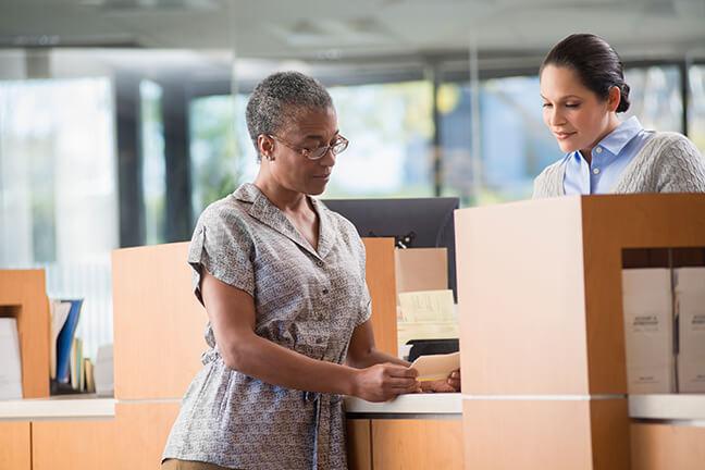 Caixas eletrônicos e transações bancárias móveis mais seguros