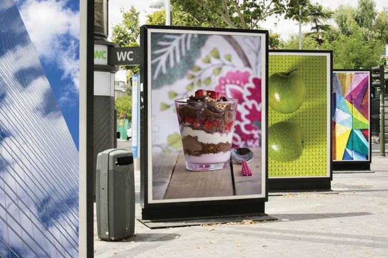 Dear marketers: dare to be different with DOOH advertising